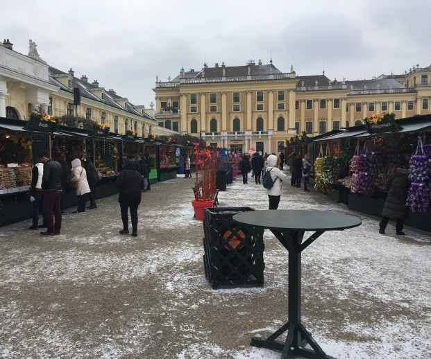 EASTER MARKET AT SCHONBRUNN 2
