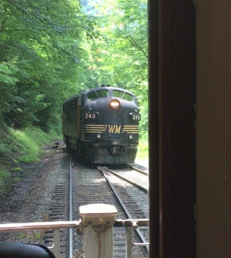 Engine moving for return trip